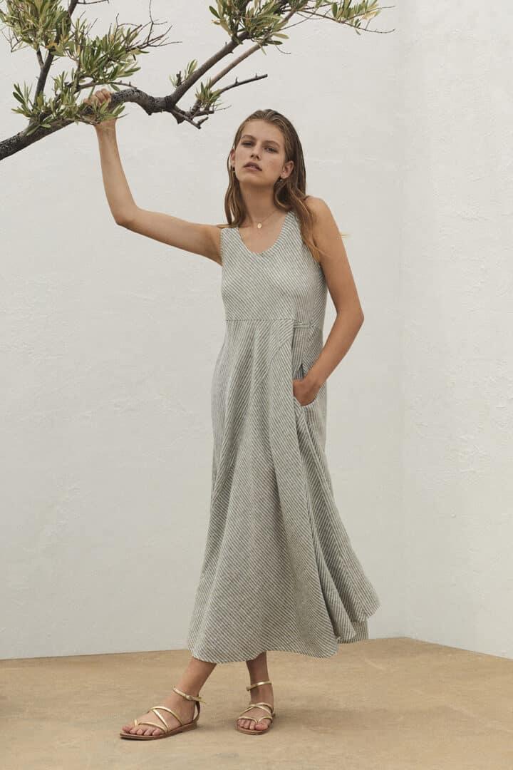 lange jurk linnen lindegroen rosso35 tineb oudenaarde damesmode