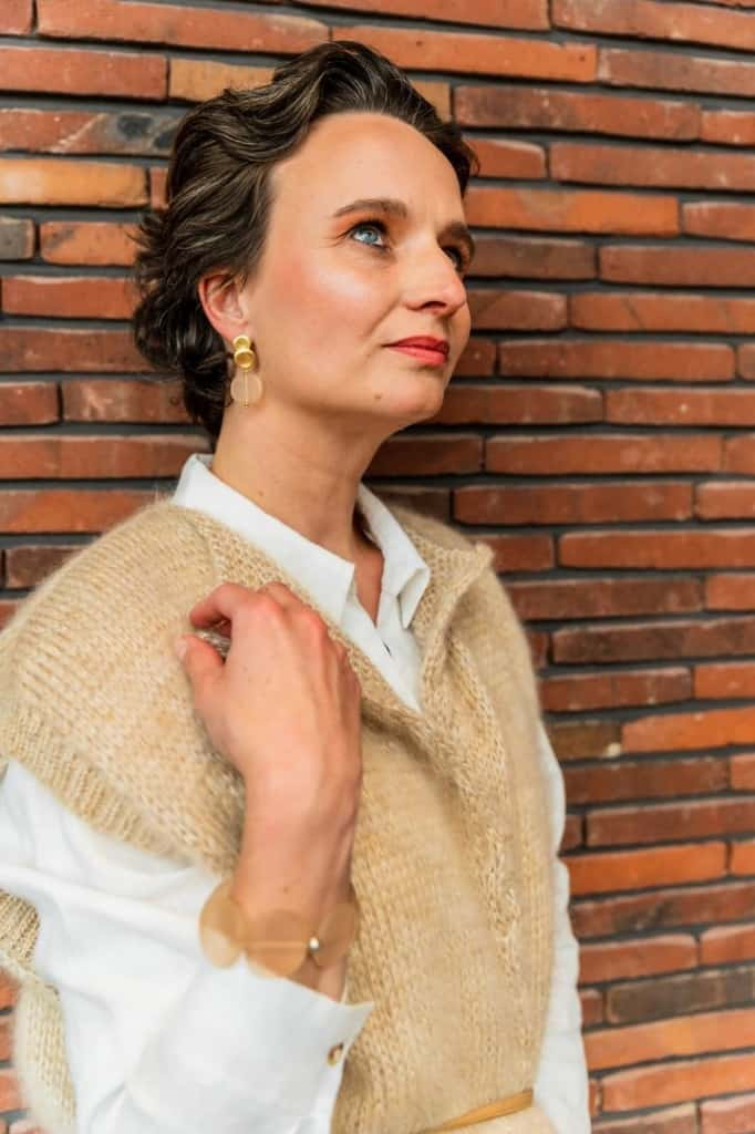flojewelry handgemaakte juwelen oorhanger armband tineb oudenaarde 682x1024 1