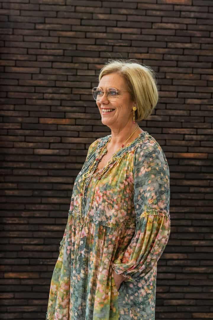 gustav denemarken scandinavisch design jurk bloemenprint tineb oudenaarde