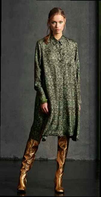 mosgroene losse jurk barokprint luisa cerano 18 tineb oudenaarde damesmode