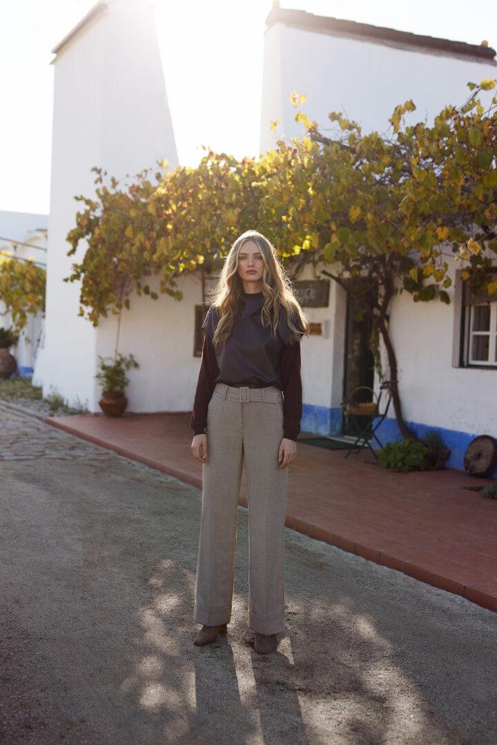 wijdvallende pantalon omslag seductive 46 tineb oudenaarde damesmode